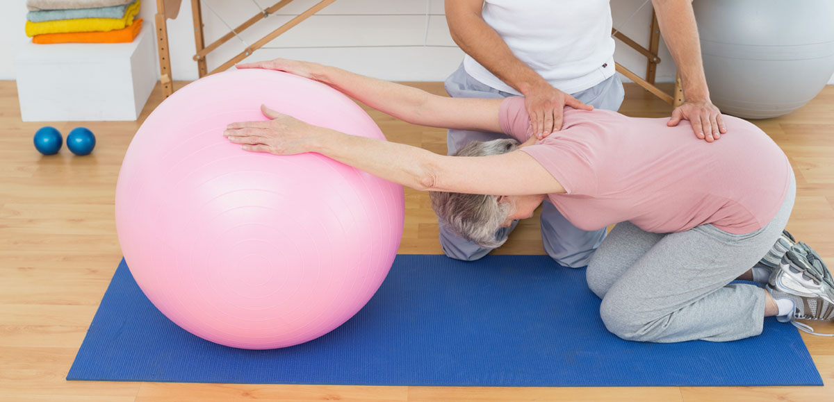 woman yoga ball exericse