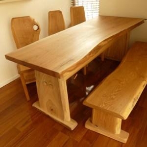 本物の木の板テーブルセット