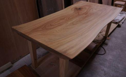 楠木一枚板テーブル