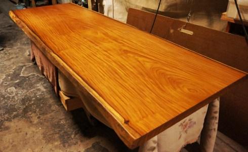 アサメラ一枚板会議用テーブル