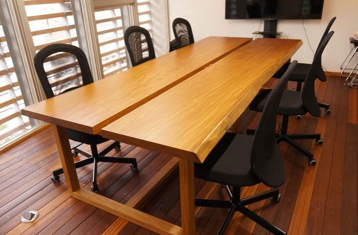 天然木一枚板会議テーブル