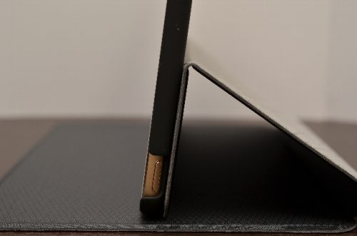 iPad mini4のウルトラスリム フォリオケース