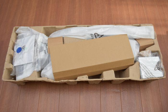 eufyのスティック掃除機「HomeVac」の梱包状態