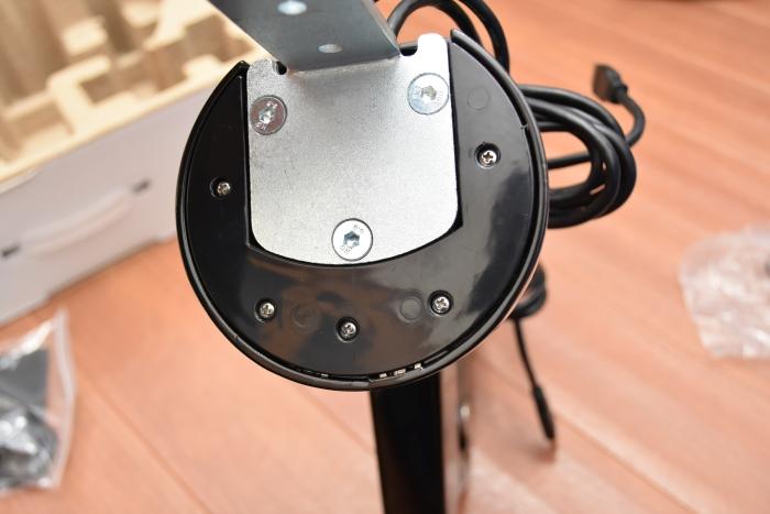 ロックテックLoctek フルモーションガス圧式モニターアーム