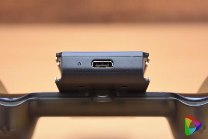 ニンテンドースイッチ Joy-Con充電グリップ
