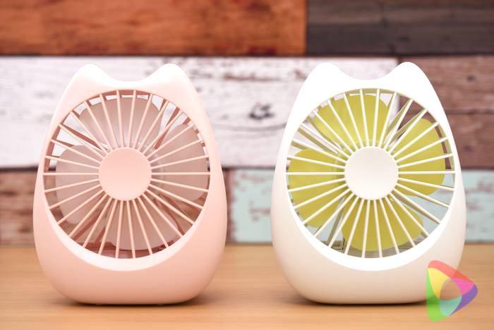 萌えニャンコ扇風機二色比較