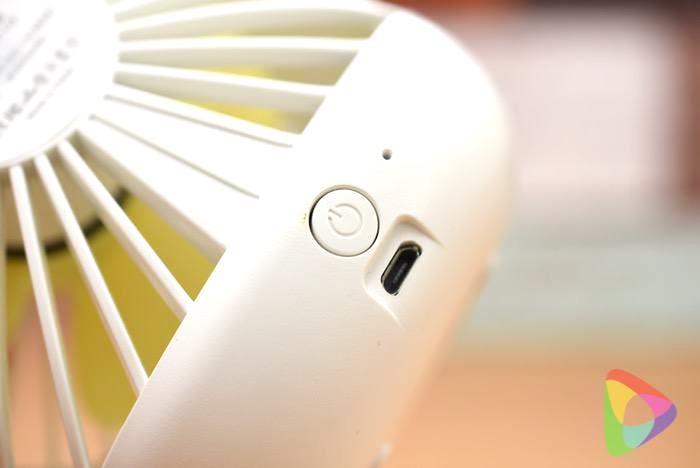 ZNT 萌えニャンコ扇風機(ホワイト)