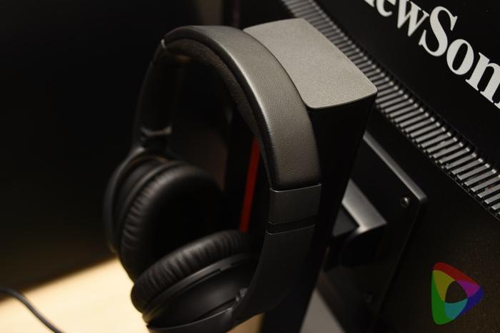 ViewSonic「XG2401」ゲーミングモニターの裏