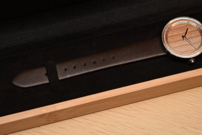 VEJRHØJ(ヴェアホイ)レディース腕時計「Petite / SAKURA」