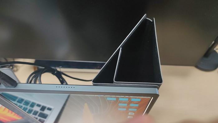 Lepow モバイルモニター15.6インチ