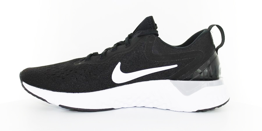Looking for fashion and function? A lightweight shoe with comfort and stability? Read our Nike Odyssey Reacts review to learn more about this shoe.