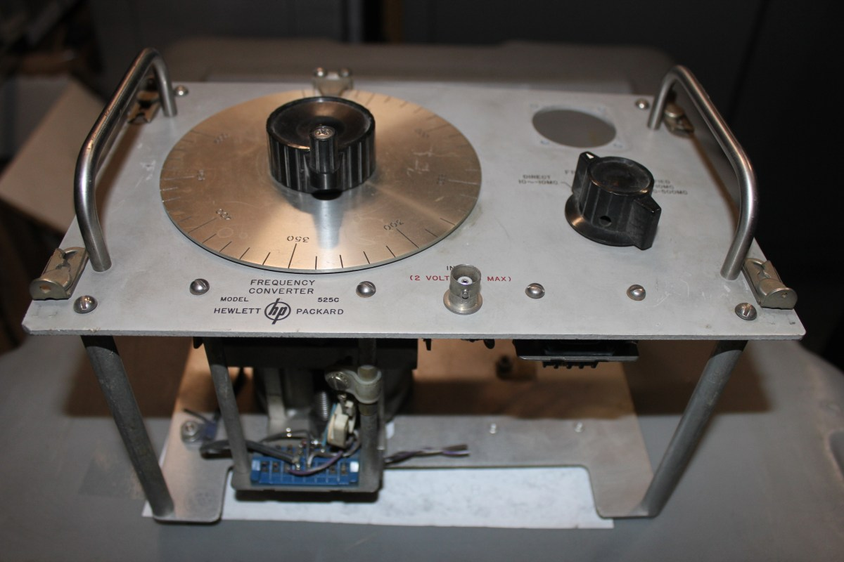 Vintage HP/Agilent Model 525C Frequency Converter