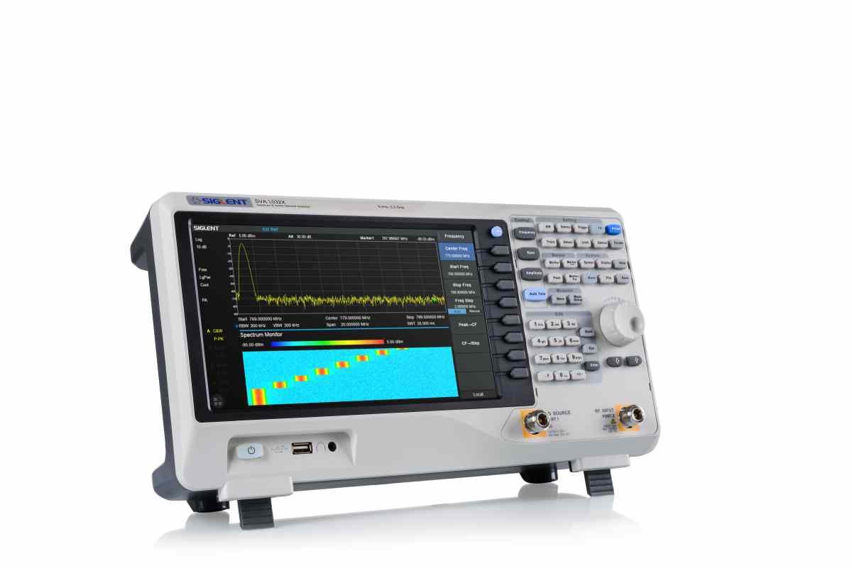Siglent SVA1032X-Spectrum Monitor