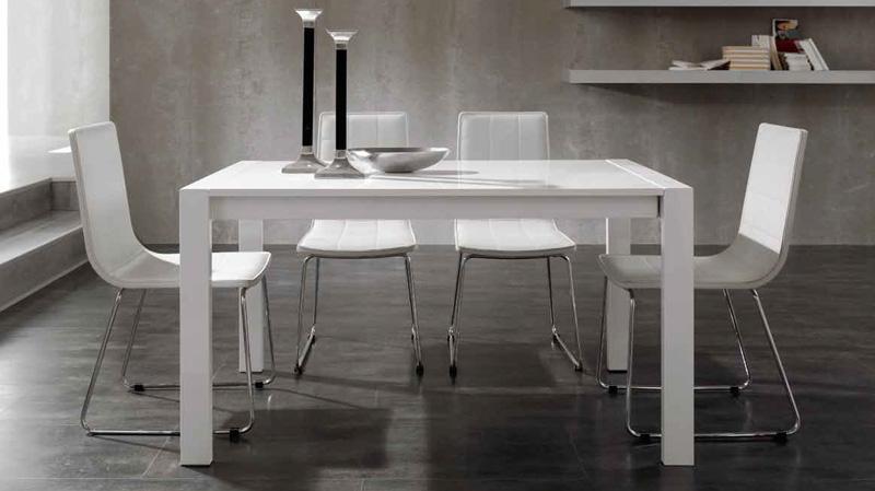Conjunto mesa de comedor4 sillas acero LB1  Kiona