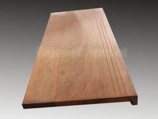 papan kayu lantai