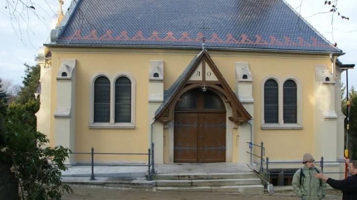 Kapelle Bernstadt - nach außen 2