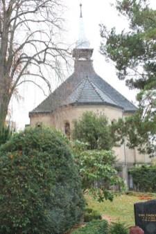 Kapelle Bernstadt - vor außen 1