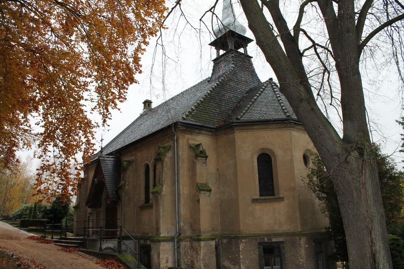 Kapelle Bernstadt - vor außen 3