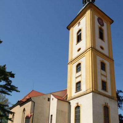 Kirche Bernstadt
