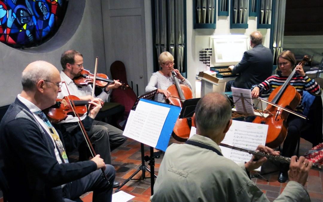 Kapelle im Klinikum: Besonderer Gottesdienst mit Streicherkreis der St.-Martini-Gemeinde