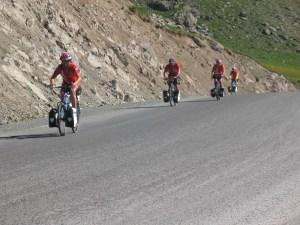 Vélo en terre Kirghize ou Kirghizistan