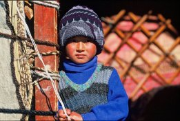 prairie-et-glacier-jeune-kirghize
