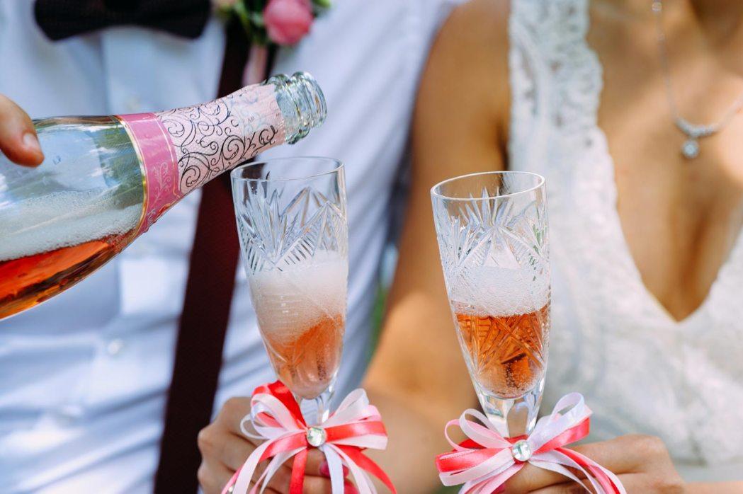 Аксессуары для свадебной фотосессии шампанское