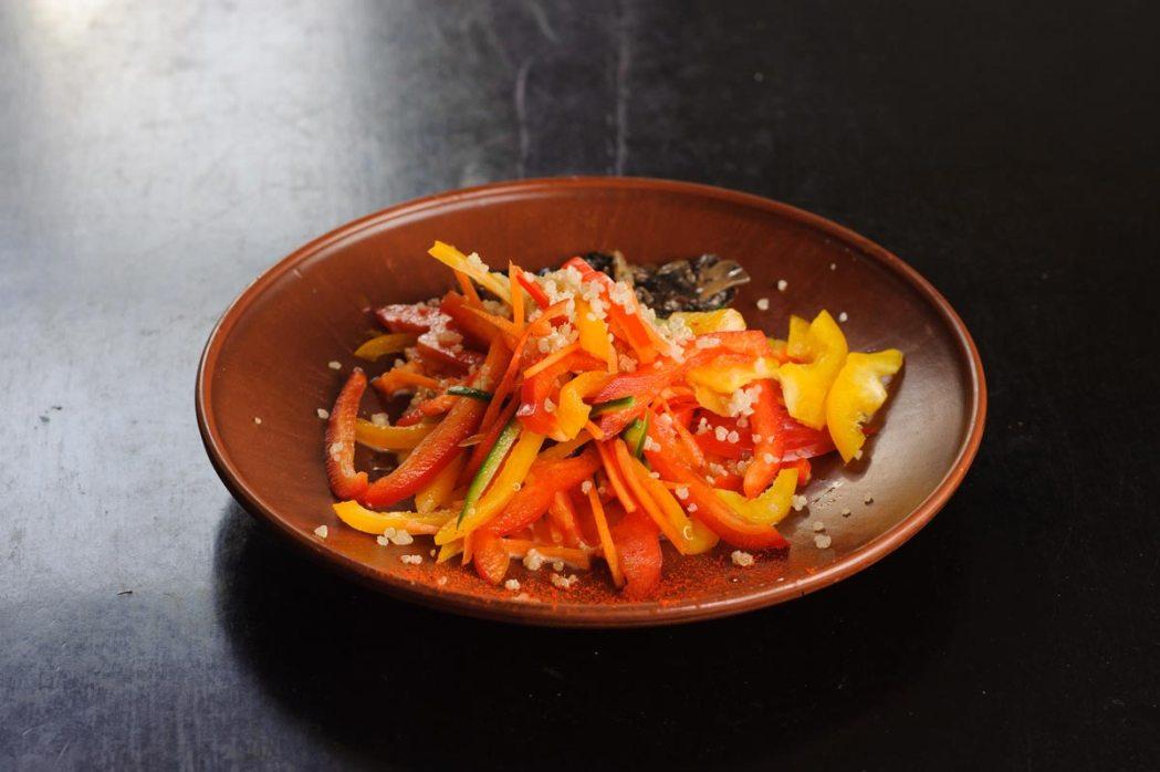 Веганский овощной салат