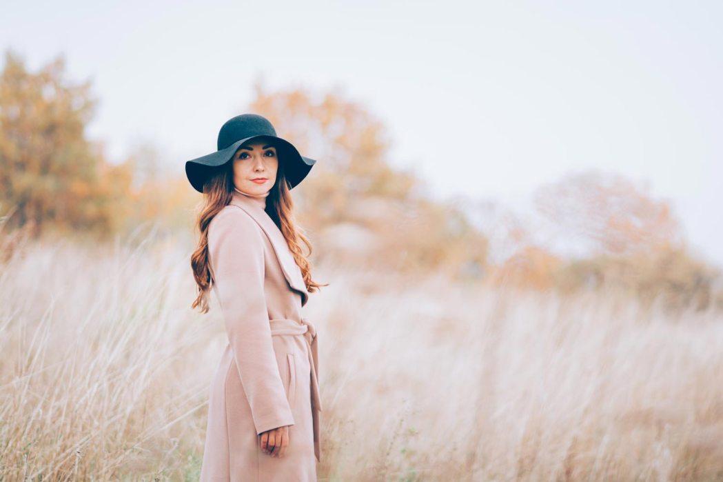 Фотосессия в степи осенью