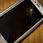 iPhoneの画面がクラッシュ!DIY修理したるわ