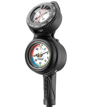 Combining depth gauge, submersible pressure gauge and a compass in one ergonomic package