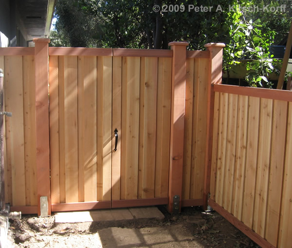 Fence Gates: Wooden Fence Gate Doors