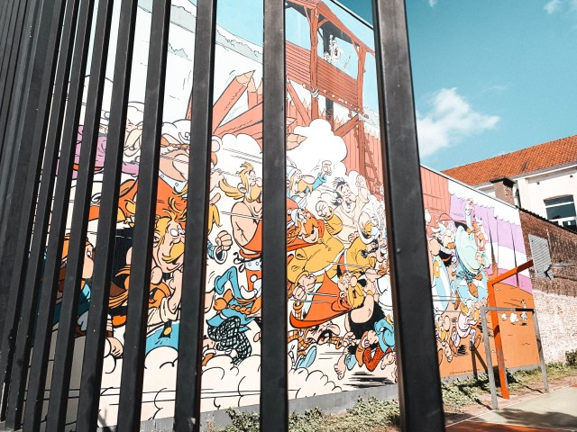Asterix and Obelix mural on the Brussels Comic Book Route.