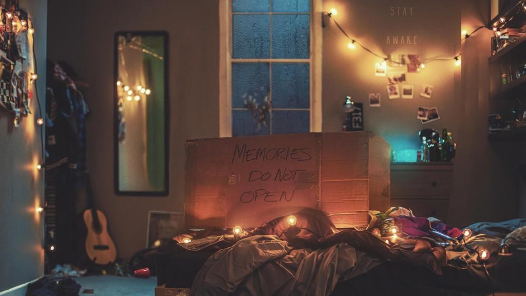 The Chainsmokers Release Their Debut Album MemoriesDo