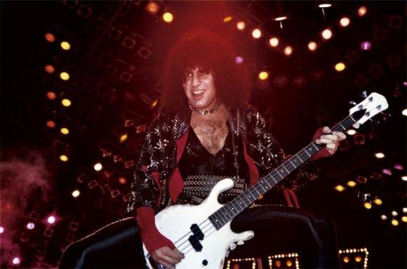 Gene har på senare år uttryckt sitt missnöje över denna period i bandets karriär.