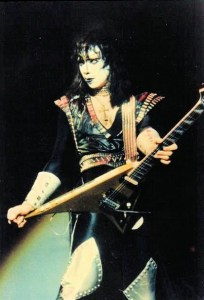 Vinnie Vincent 1983
