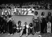 Kiss at Cow Palace, '77(19)