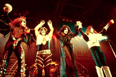 KISS Bows to Fans After Concert