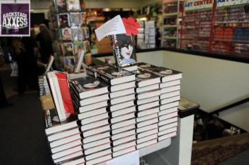 Paul Stanley Book Signing Bookends Ridgewood, NJ 4-9-14 039