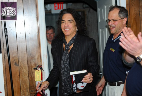Paul Stanley Book Signing Bookends Ridgewood, NJ 4-9-14 056