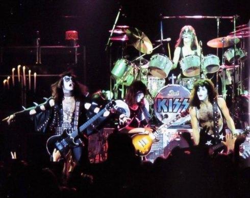 den-1976-15