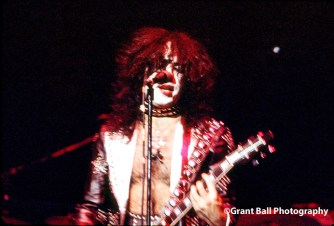 kiss 1975--3