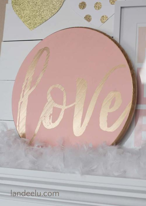 DIY-Love-Valentines-Day-Sign