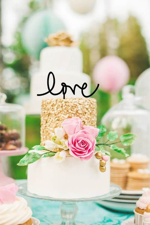 My 9 Favorite Wedding Cake Toppers from Etsy || The Pink Owl Gifts