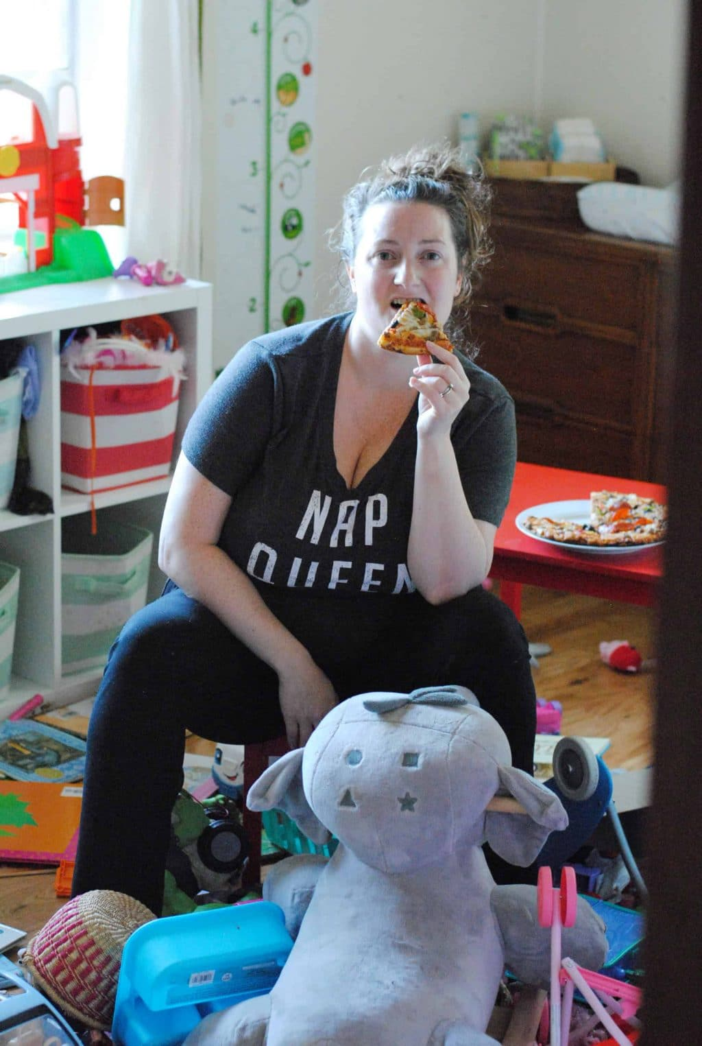 How Slacker Moms Can Conquer Mealtime Chaos with Red Baron® #ad #WingMama @Baroness