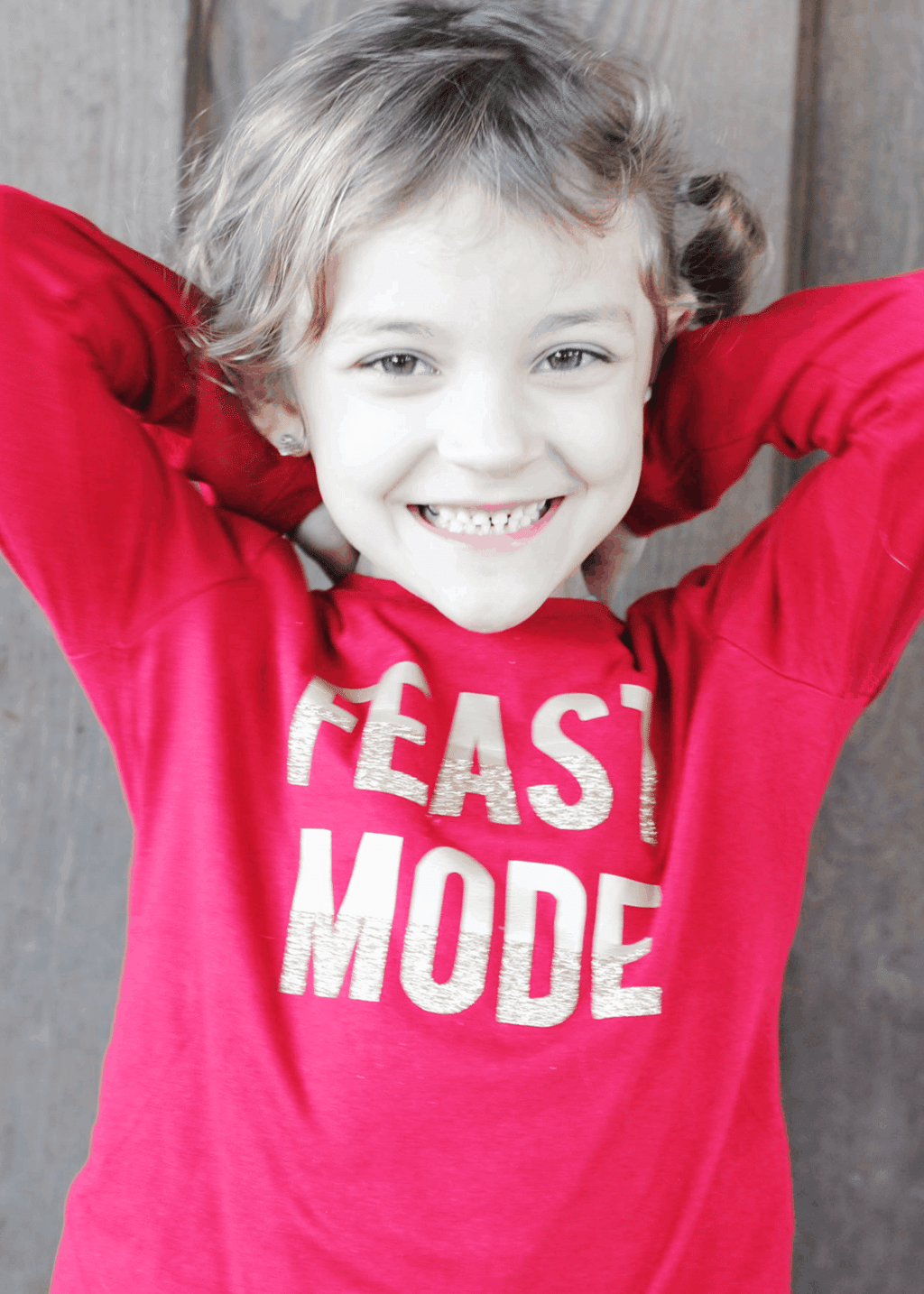 """For the next couple of weeks, it's going to be ALL #Thanksgiving all the time around here. I love T-Day! First up, this cute """"Feast Mode"""" tee for Melanie! #DIY #CricutMade"""