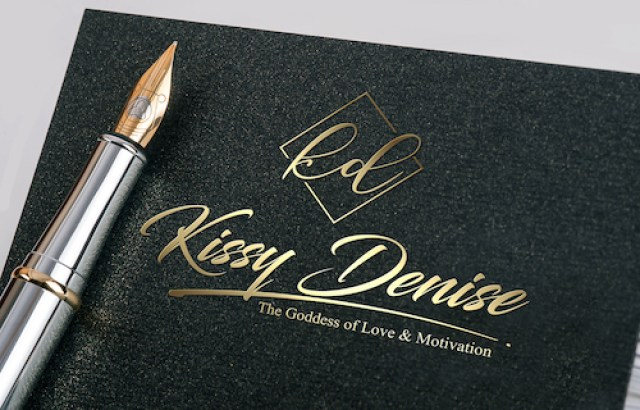 kissy denise gold logo