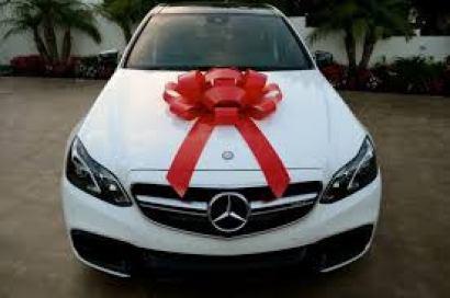 luxury car surprise bow