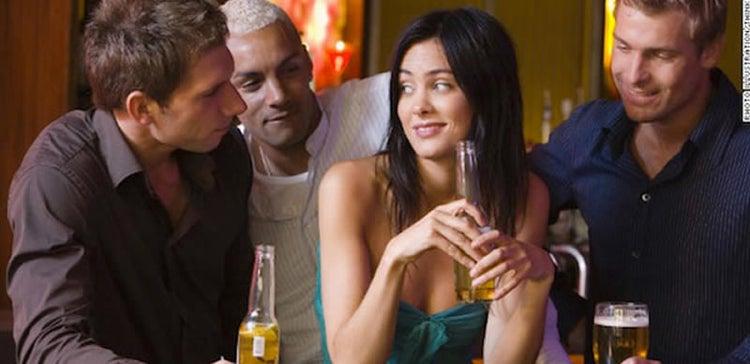 dating multiple men