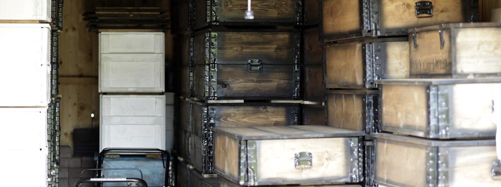 material Kistenjack Vintagemöbel und Wohnaccessoires wie Holzkisten und Recyclingmöbel